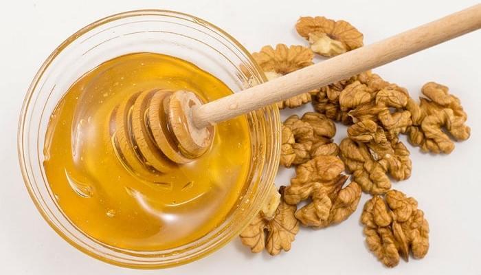 مصرف عسل با گردو